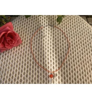 bijou collier œil de la rose rouge